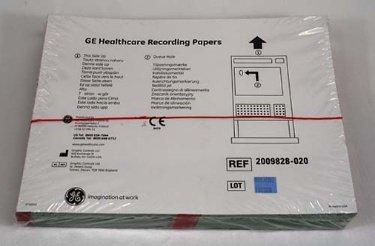 ECG / EEG Recording Paper Vital Signs Thermal 8-1/2 X 11 Inch Z-Fold Red Grid 404450 Pack/300